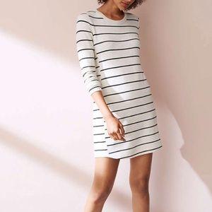 Lou & grey stripped signature super soft dress